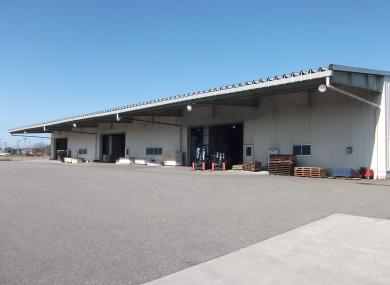 飛越運送:金沢倉庫1
